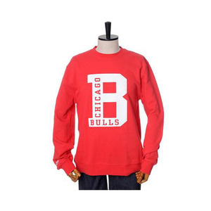 미첼엔네스 NBA 시카고불스 이니셜 맨투맨, MitchellandNess CHICAGO BULLS INITIAL CREW SWEATSHIRTS - RED